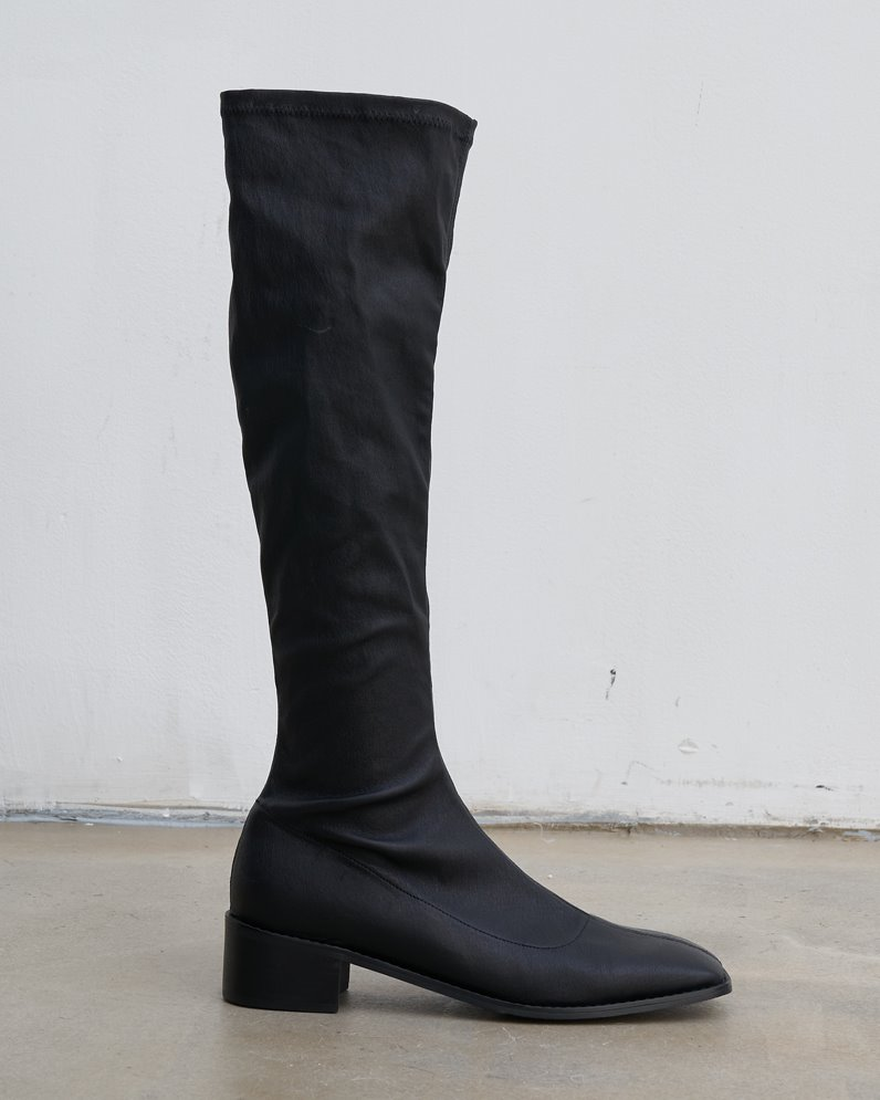 Slim stretch knee high leather boots
