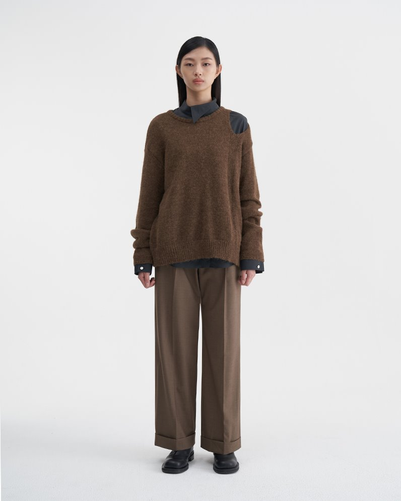 Open Shoulder Sweater (BROWN)