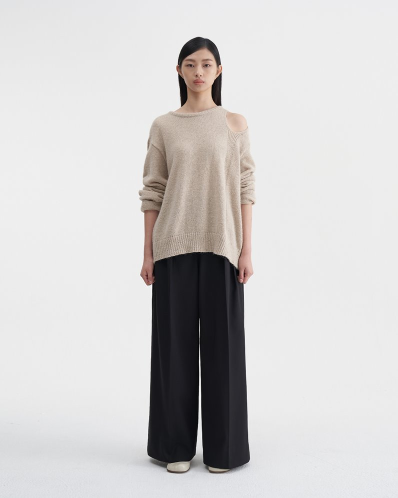 Open Shoulder Sweater (BEIGE)