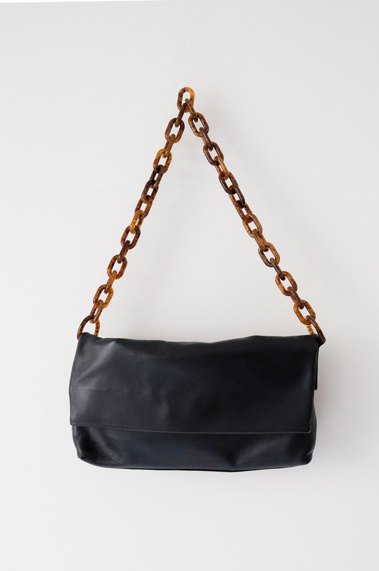 Plexiglass chain leather bag