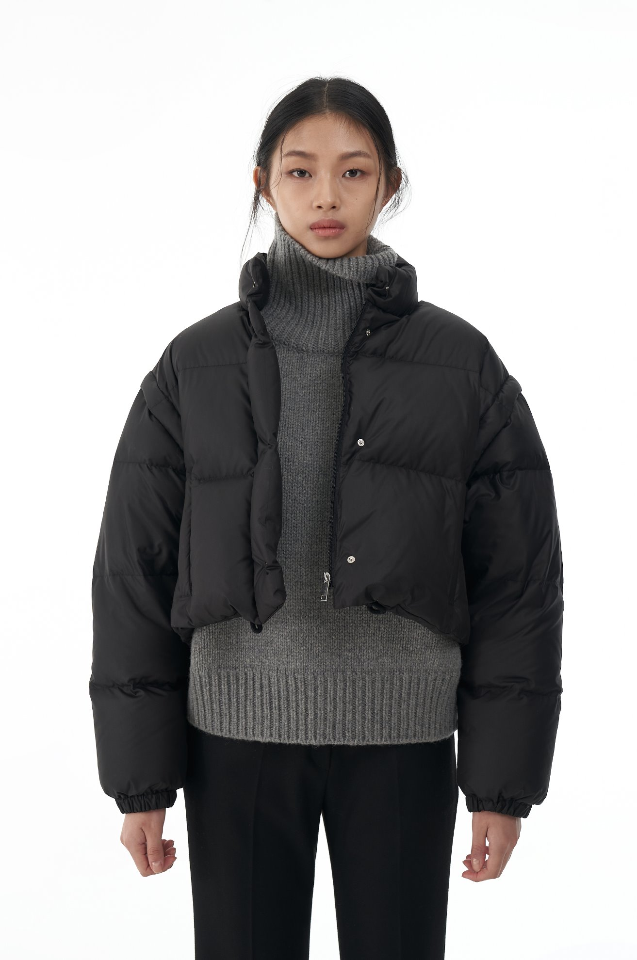 Crop Duck Down Jacket with Detachable Sleeves (BLACK)