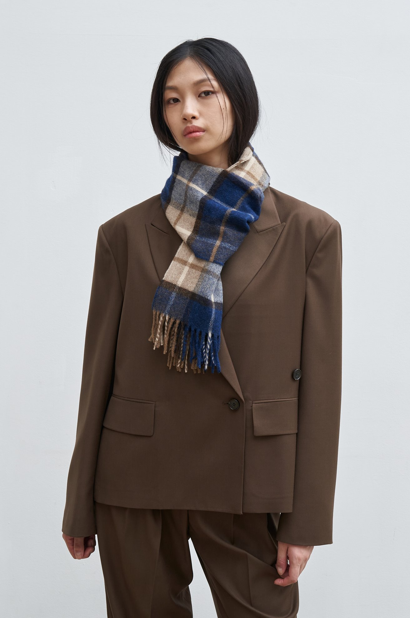 British merino wool solid scarf (check)