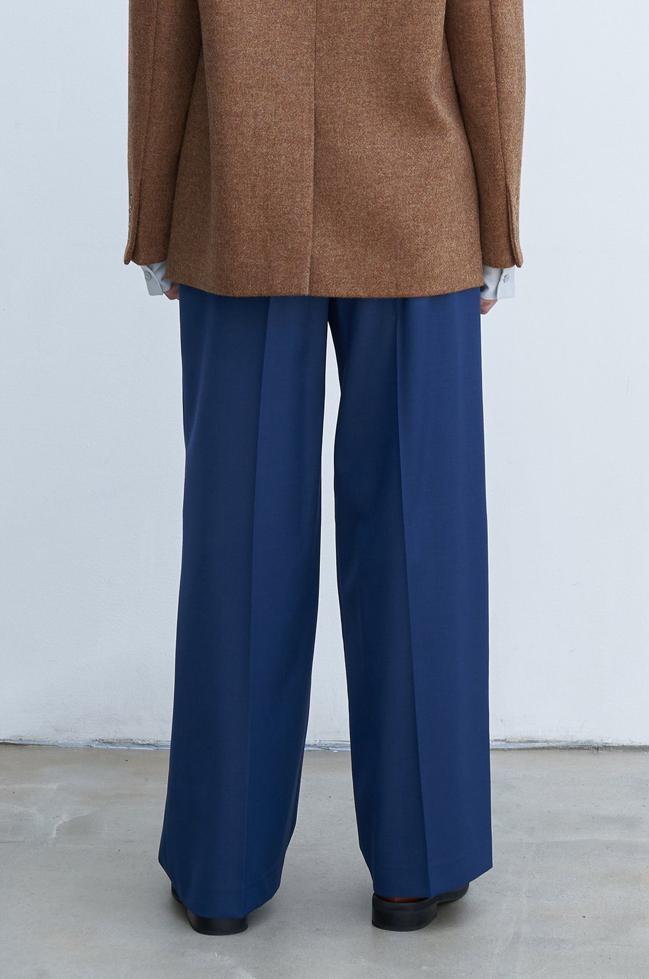 Wide leg pleated wool blended pants