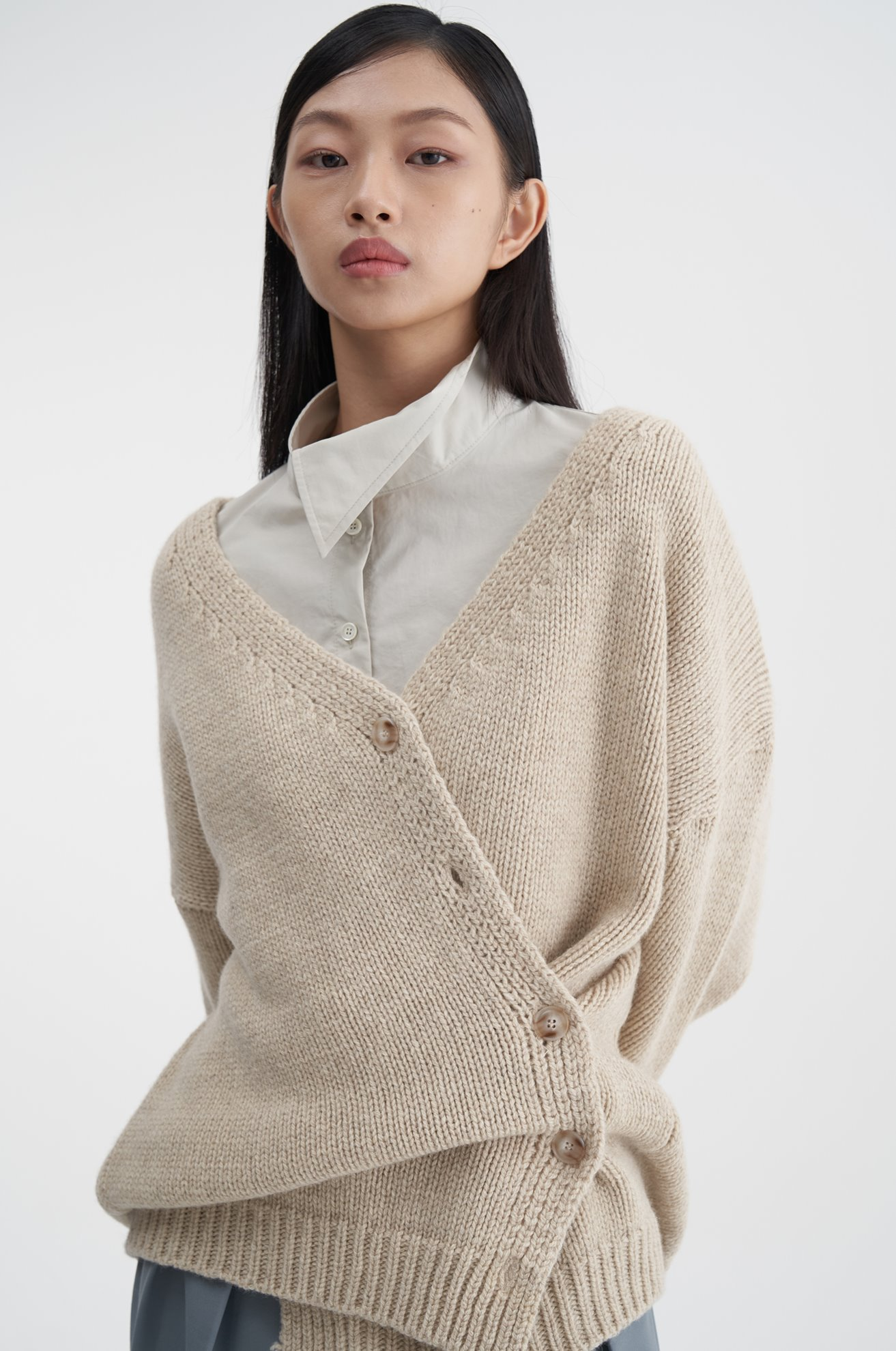 Asymetrical Wool Cardigan (BEIGE)