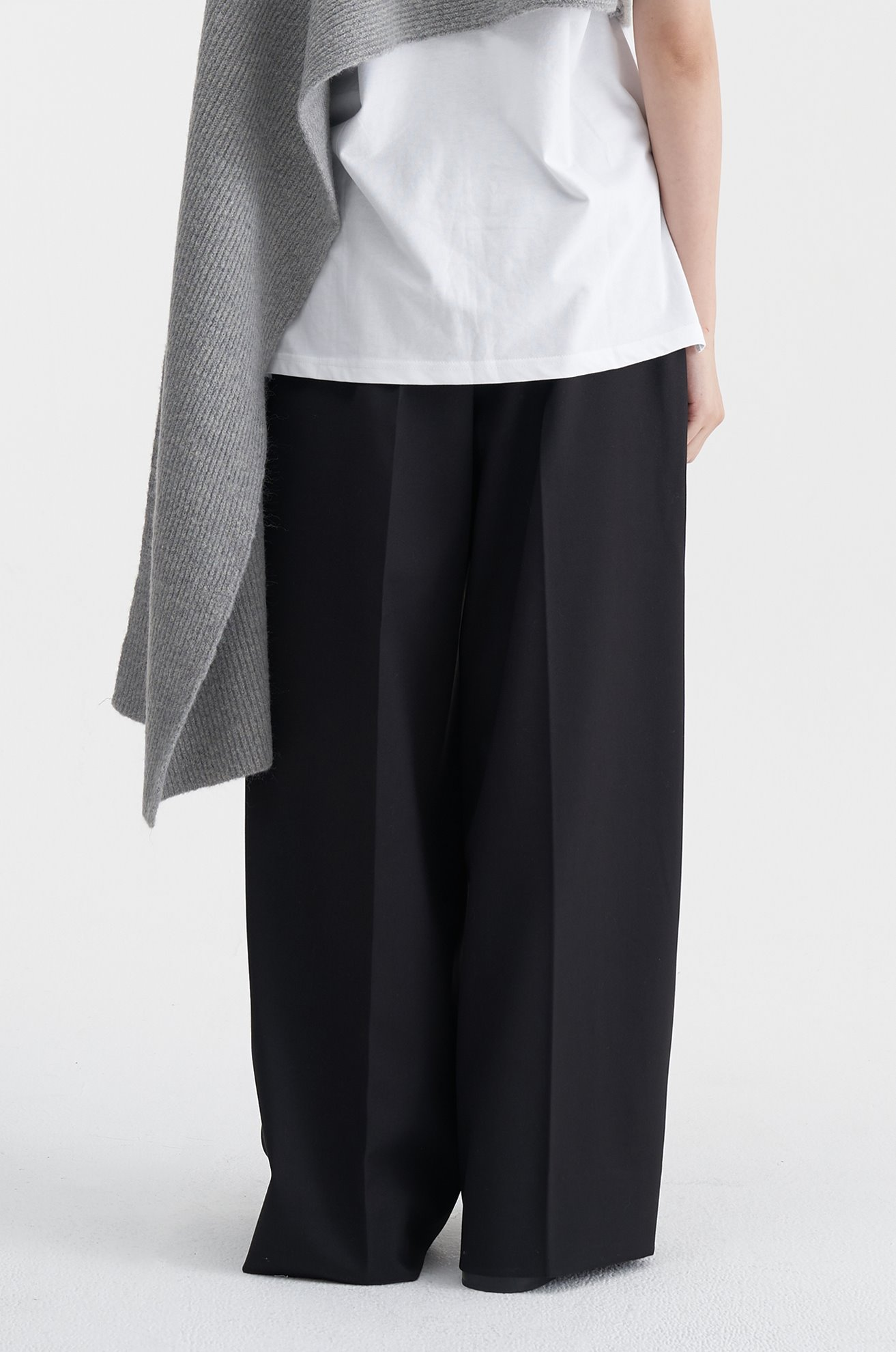 Two Pleat Wide Trouser (BLACK)ATELIER EDITION