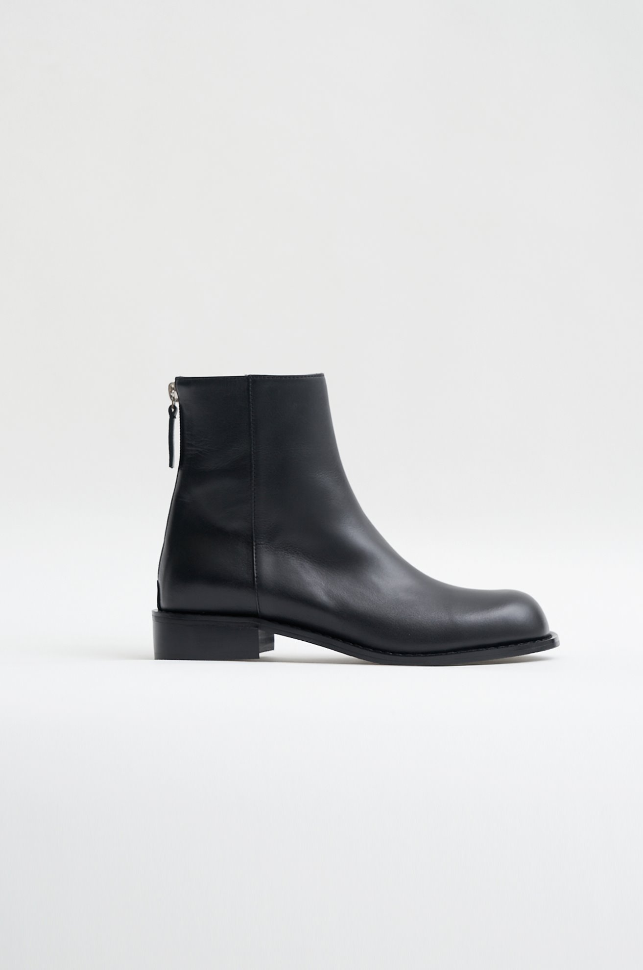 Round Toe Ankle Boots (BLACK/BEIGE)